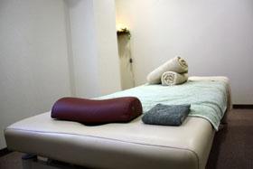 鍼灸・美容鍼灸 ラクア治療院
